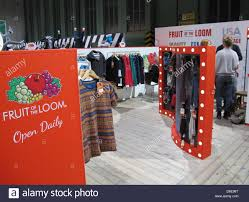 loom show stock photos u0026 loom show stock images alamy