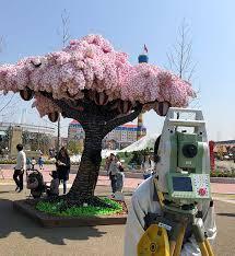 legoland creates cherry blossom tree 800 000 lego