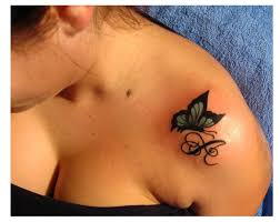 awesome small butterfly on shoulder 3 png 640 510