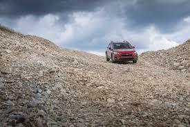subaru crosstrek off road 2018 subaru crosstrek first drive review automobile magazine