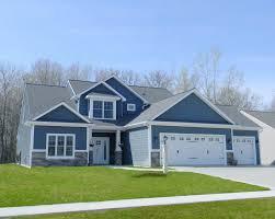 prairie style houses garage door and exterior trim lancia homes