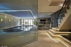 stylish home interiors a peek inside the world s 12 most stylish homes deco design