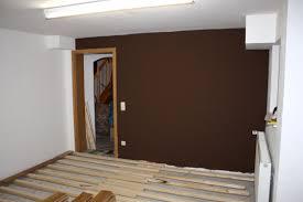 Wandgestaltung Wohnzimmer Gelb Wand Streichen Braun Gesammelt Auf Moderne Deko Ideen Mit