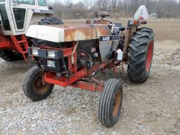 this is a case 1190 1290 1390 or 1490 tractor with busted hood