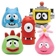 amazon yo gabba gabba bath squirters toys u0026 games