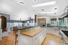 Dimmable Led Light Bulbs For Recessed Lighting by Kitchen Lighting Soft White Vs Daylight Led Plus Dimmable