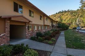 two bedroom apartments portland oregon greenbriar village has new apartment openings in portland