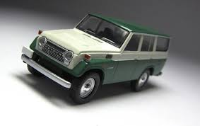 classic land cruiser model of the day tomica limited vintage toyota land cruiser fj56v