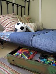 how to use the storage space under your bed