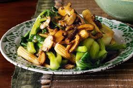 vegan mushroom gravy recipe dishmaps asian greens and shiitake mushrooms