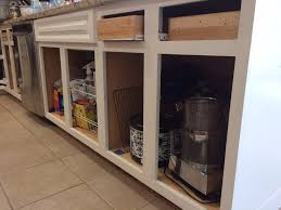 White Dove Benjamin Moore Kitchen Cabinets - painting kitchen cabinets selecting a paint color 11 magnolia lane