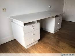 bureau pratique magnifique bureau 6 tiroirs pratique a vendre 2ememain be
