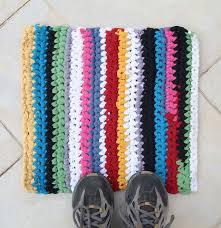 Crochet Tshirt Rug Pattern Best 25 Rug Yarn Ideas On Pinterest Knitted Rug Rag Rug Diy