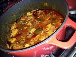 cuisiner le sauté de porc recette de sauté de porc basquaise légumes et chorizo