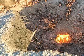 the door to hell turkmenistan u0027s crater of fire earth nutshell