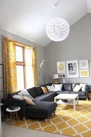 deco avec canapé gris 1001 variantes de salon gris et jaune pour vous inspirer à l