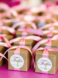wedding favors 15 edible wedding favors your guests will