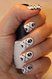 42 cute halloween nail art ideas best designs for halloween manicure
