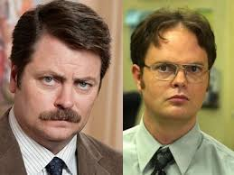 Ron Swanson Circle Desk Episode Dwight Schrute The Office Vs Ron Swanson Parks And Rec