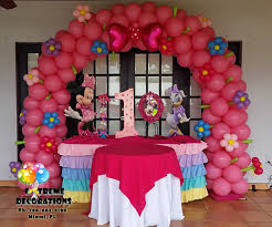 Centerpieces For Minnie Mouse Party by Party Decorations Miami Balloon Sculptures