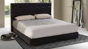 lit de chambre tête de lit chambre à coucher