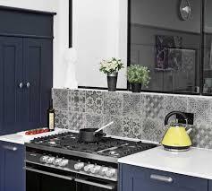 cuisine repeinte en gris cuisine repeinte gris rayonnage cantilever