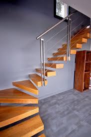 garde corps bois escalier interieur escalier suspendu quart tournant sur mesure près de lyon kozac