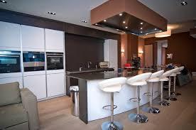bar de cuisine moderne ilot central cuisine ouverte en image avec newsindo co