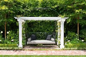 27 absolutely fabulous outdoor swing beds for summertime enjoyment fabulous outdoor swing beds 17 1 kindesign