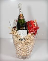 wine baskets wine baskets gifts in la boutique du vin