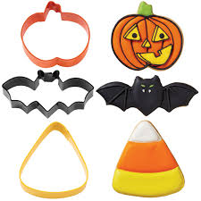 halloween cookie cutter sets from wilton witch theme set of 4