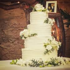 wedding cake frosting best buttercream frosting wedding cake gallery styles ideas
