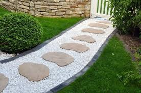 ways to use white pebbles in your landscape