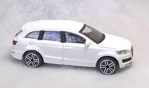 Audi Q7 Models - new burago 1 43 diecast model car audi q7 3 0 tdi quattro in