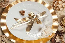 Beautiful Place Settings Beautiful And Elegant Gold Place Setting For Christmas Or