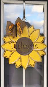 25 ide sunflower door hanger terbaik di pinterest