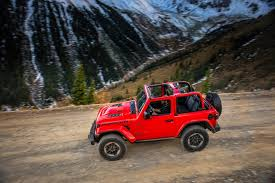 jeep wrangler 4 door top off 2018 jeep wrangler confidently drives a tightrope automobile magazine