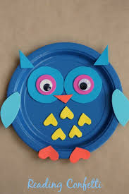 an easy paper plate owl craft for fall crafts or to go with a
