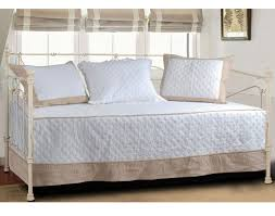 Daybed Covers And Pillows Daybed Beautiful Quilted Daybed Bedding Sets With Daybed And