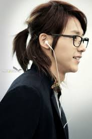 ponytail hairstyles for men women medium haircut
