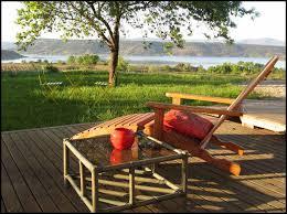 chambre d hote lac du salagou location gîte de charme au bord du lac du salagou liausson 34800