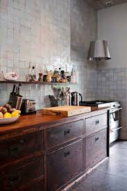 Designs Of Tiles For Kitchen by Best 25 Kitchen Wall Tiles Design Ideas Only On Pinterest Home