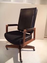 Mid Century Desk Mid Century Executive Desk Chair At 1stdibs