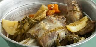 comment cuisiner une aule d agneau epaule d agneau à la vapeur et aux légumes facile recette sur