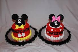 mickey mouse halloween cake cakedreamz com cakes mickey u0026 minnie smash cakes