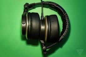 best headphone black friday deals amazon amazon echo samsung tvs destiny 2 bundle and more tech sales