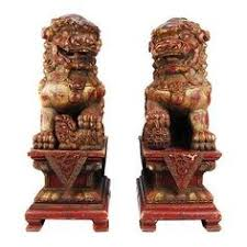 gold foo dogs golden feng shui fu dogs for protection foo dogs temple lion
