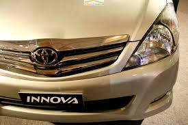 toyota website india toyota innova cng green car launched at auto expo 2010 india
