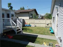 4 Level Split House 8812 47 Avenue Nw 4 Level Split For Sale In Bowness Calgary