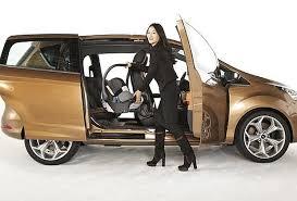 auto con porte scorrevoli prova ford b max l auto multiuso prove su strada corriere it